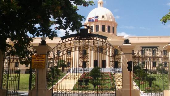 goverment-house-in-santo.jpg